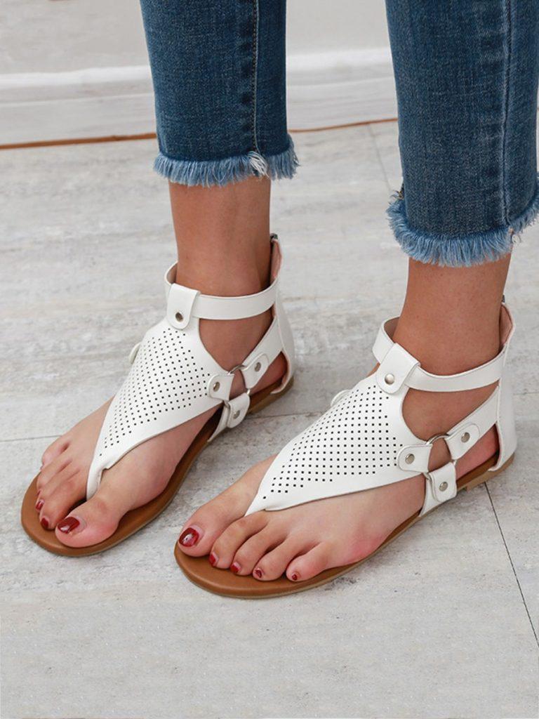 ut Out Hasp Leather Flip Flop Sandals